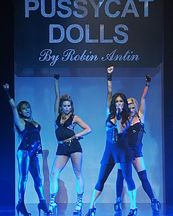 The Pussycat Dolls. Vasemmalta oikealle: Melody Thornton, Kimberly Wyatt, Nicole Scherzinger ja Ashley Roberts.