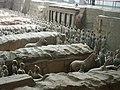 Qin Shihuang Terracotta Army, Pit 1 (9891972314).jpg