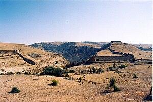 Nader's Sindh Expedition - Image: Rani Kot 48a