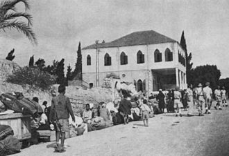 1948 Palestinian exodus from Lydda and Ramle - Refugees leaving Ramle