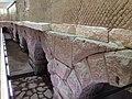 Resti dell'acquedotto dell'Acqua Vergine alla Rinascente.jpg