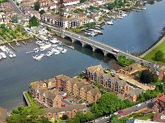 Cobden Bridge - Aerial view of the bridge in 2016