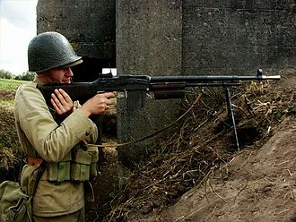 Browning wz. 1928 - A Polish reenactor poses with the wz. 1928 and period-correct uniform.
