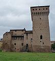 Rocca Estense lato sud 21 05 2012 BG.jpg