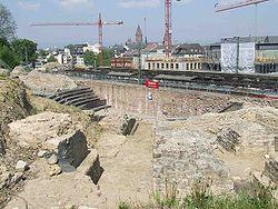 Roemisches-Theater-Mainz.jpg