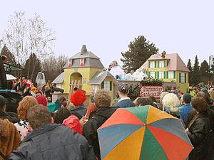 Rösrath - Eulenbroich castle in carnival parade
