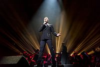 Ronan Keating - 2016330211142 2016-11-25 Night of the Proms - Sven - 5DS R - 0092 - 5DSR8608 mod.jpg