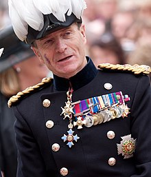 Royal Visit 2012 0043 (McColl cropped).jpg