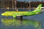 S7 Airlines, VQ-BYH, Embraer ERJ-170SU (24366904457).jpg