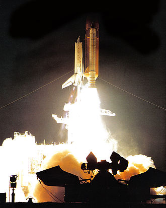 STS-33 - Liftoff of STS-33.