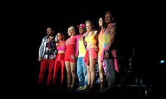 S Club 7 - S Club 7 performing live in Bournemouth in 2015 (L–R: Paul, Rachel, Jo, Bradley, Hannah, Tina and Jon).