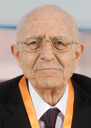 Sabino Cassese - Sabino Cassese