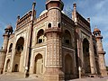 Safdarjung's Tomb (3549018647).jpg