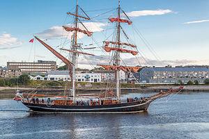 Eye of the Wind - Eye of the Wind, arriving in Aberdeen