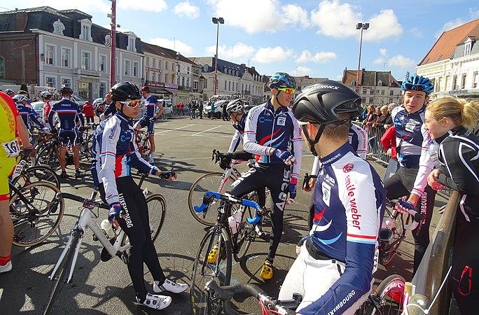 Saint-Amand-les-Eaux - Paris-Roubaix juniors, 10 avril 2016, départ (C21).JPG