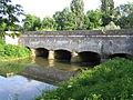 Saint-Florentin (Yonne) - Pont-canal.jpg