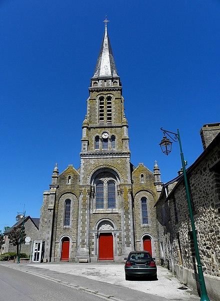 Saint-Germain-d'Anxure (53). Façade principale de l'église.