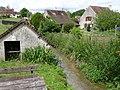 Saint-Loup-de-Naud lavoir.jpg