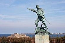 Saint-Malo - Surcouf et le Fort National.jpg