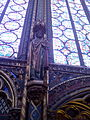 Sainte Chapelle, París, estatua, agosto de 2014.jpg