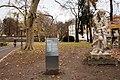 Salzburg - Neustadt - Kurpark Paracelsus-Denkmal - 2019 11 28 - 1.jpg