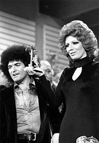 Sanremo 1974 Cristiano Malgioglio Iva Zanicchi.jpg