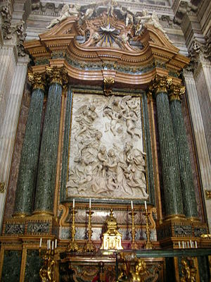 Sant'Agnese in Agone - Main altar with the relief of The Holy Family by Domenico Guidi