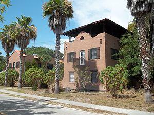 El Patio Apartments - Image: Sarasota FL El Patio Apts 03