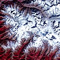 Satellite image of Chorabari glacier.jpg
