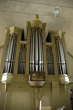 Schöngrabern Orgelpfeifen.jpg