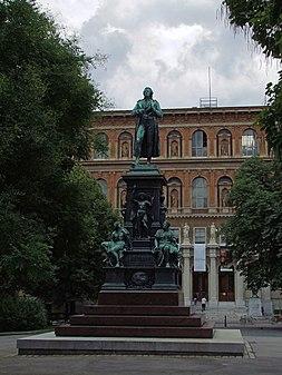 Schillerstatue.jpg
