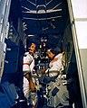 Scott i Irwin w symulatorze LM 71pc0459-m.jpg
