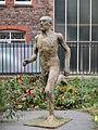 Sculpture of a man, University of Liverpool.jpg