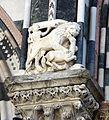 Scuola dell'antelami, portale mediano del duomo di genova, scena venatoria, 1200 ca. 01.JPG