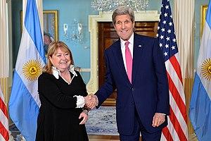 Susana Malcorra - Malcorra with US Secretary of State, John Kerry, in Washington, D.C., March 2016