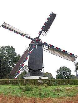 Sint Willebrordus molen Bakel.jpg