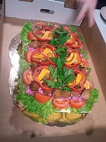 Smörgåstårta med köttbullar..jpg