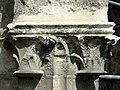Soissons (02), abbaye Saint-Jean-des-Vignes, cloître gothique, galerie ouest, chapiteaux des contreforts, côté sud-est (exemple.jpg