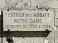 Soissons (02), abbaye Saint-Léger, abbatiale, portail provenant de l'abbaye Notre-Dame détruite entre 1793 et 1796 4.jpg