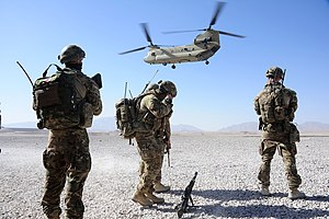 2nd Cavalry Regiment (Australia) - Soldiers from the 2nd Cavalry Regiment prepare to board a US Army helicopter in Afghanistan during 2013