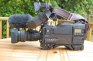 Betacam - Sony Betacam SP BVW-D600P Camcorder with C6 Paglight and Rycote Softie (other side)