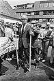 Speelmarkt van Speelweek 70 in Alkmaar geopend door waarnemend burgemeester G. H, Bestanddeelnr 923-6054.jpg