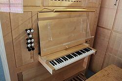 Spielanlage Orgel HdB Seeböckgasse.jpg