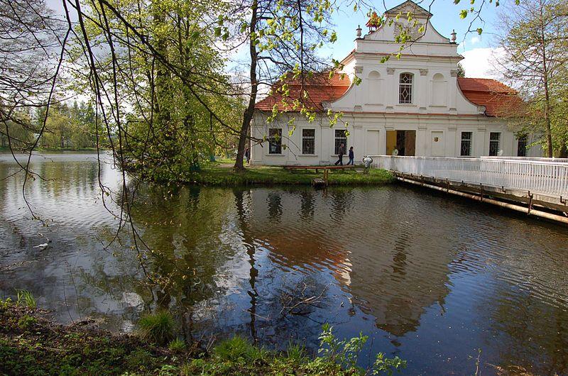 File:St. Jan Nepomucen Church in Zwierzyniec.jpg