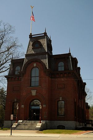 St. Johnsbury Athenaeum - The St. Johnsbury Athenaeum in 2011