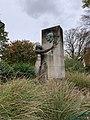 Statue Firmin Gemier Aubervilliers 1.jpg