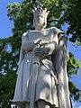 Statue St Louis Vincennes 3.jpg