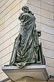 Statue de Rose Valland (recadrée).jpg