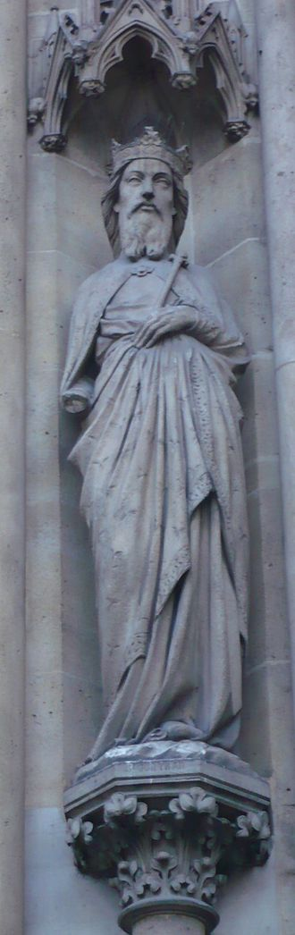 Guntram - Later statue depicting Gontrand