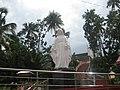 Statue of Mary in Vazhakulam Church, വാഴക്കുളം പള്ളിയിലെ മറിയം.JPG